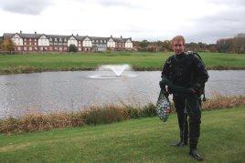 Qualified scuba diver Alec McKernan from UK Lake Management at Carden Park