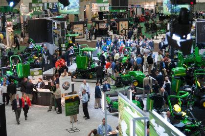 Golf Industry Show floorGCSAA.02.06.13.044