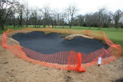 Blinder Bunker being installed at Richmond GC