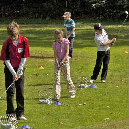 England juniors help