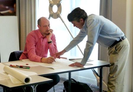 Dannis Nieuwpoort receives some guidance from EIGCA Senior Member Ken Moodie