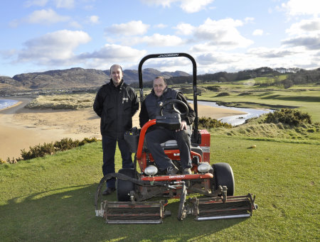 Kevin Broderick and course superintendent Johnny Shields at Portsalon Golf Club