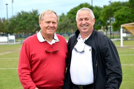 Terry Anton (right) with Jack Nicklaus