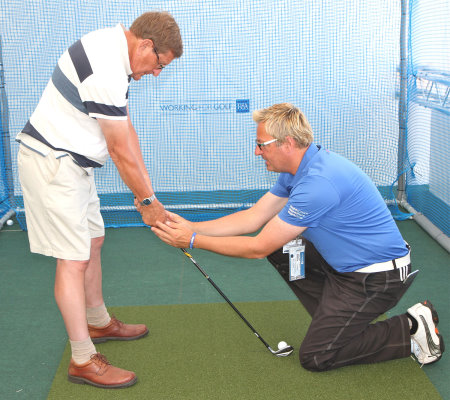 Steve Scott-Bowen teaching at the R&A Swingzone during the Open Championship at Muirfield (courtesy of Adrian Milledge)