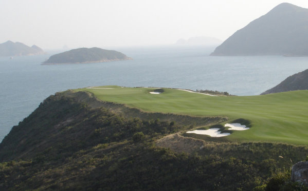 The land of GEO Certified™ The Jockey Club Kau Sai Chau was formerly used as a military driving range. A revegetation programme has returned these areas to their natural landscape
