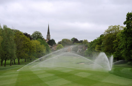 Toro Lynx and GDC irrigation system in action at Wimbledon Park Golf Club.