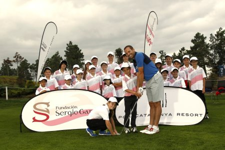 Sergio Garcia at PGA Catalunya Resort to celebrate the anniversary of his first Junior Golf Academy