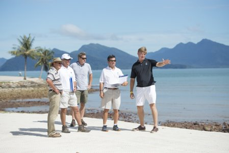 Ernie Els putting his final touches to The Els Club Teluk Datai