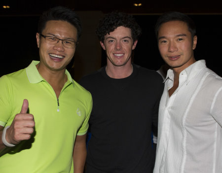 Rory McILroy with Dr. Ken Chu (left) and Mr. Tenniel Chu at Mission Hills