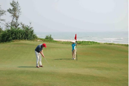 Putting on Danang Golf Club's 16th hole beside the East Sea