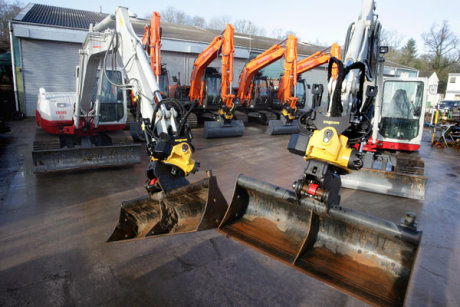 MJ Abbott's new Hitachi and Takeuchi excavators