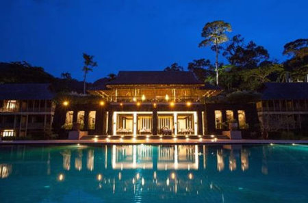 Steeped in centuries old vegetation and limestone landscape, Teluk Datai's The Datai is the destination of choice for romantic getaways and a luxurious retreat