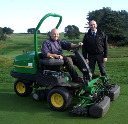 Course manager Andrew Ralphs of Delamere Forest Golf Club – pictured with John Deere dealer salesman Richard Owens of Turner Groundscare – also chose a John Deere 2500E to minimise noise and the risk of oil spills on his course