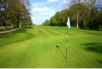 Gatton Manor Hotel and Country Club boasts streams, lakes and tree-lined fairways