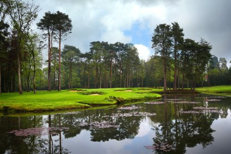 16th hole Woking Golf Club