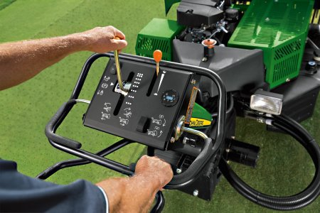 A redesigned operator station provides easier control of the machines, as well as reduced levels of handlebar vibration