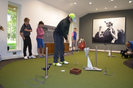 Huxley Golf indoor golf surfaces at the Nike Performance Fitting Centre