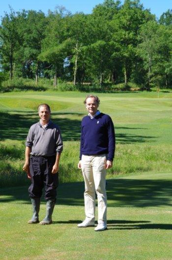 Tom Doak (left) and André Mourgue d'Algue  on #14