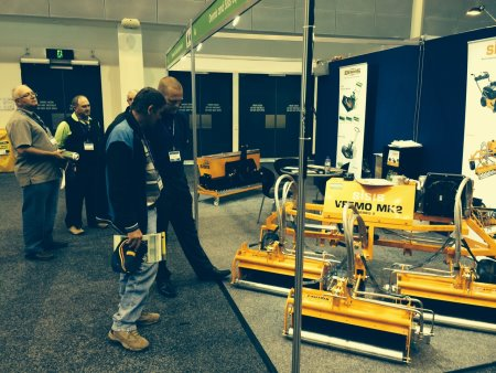 Dennis and SISIS have reported a successful Australian Turfgrass Conference Trade Exhibition followed by a series of demonstrations