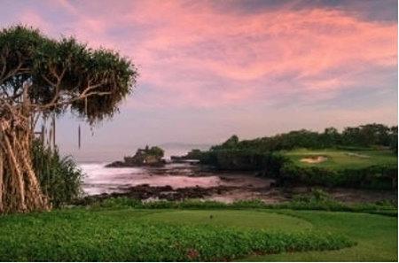 The dramatic 7th hole at Nirwana Bali Golf Club, Tanah Lot
