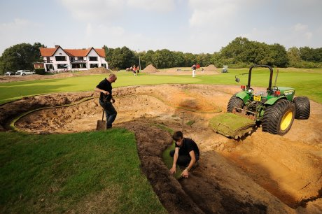 Work to restore the historic bunkers at Ipswich Golf Club begins on the 18th hole