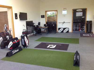 National Custom Fitting Centre at  Monte Rei