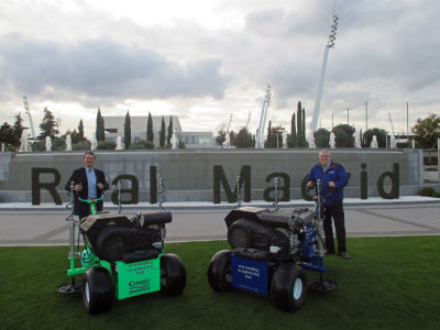 Simon Gumbrill and Richard Campey with the Air2G2 at Real Madrid