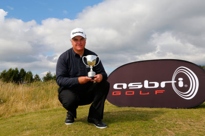 Stephen Dodd, the 2014 champion (courtesy of Paul Thomas at Getty Images)