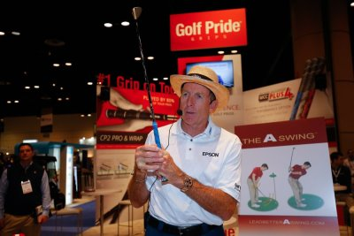 David Leadbetter gives a clinic during the 62nd PGA Merchandise Show, January 2015 (Photo by Chris Trotman/The PGA of America)