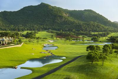 Tenth hole at Black Mountain Golf Club
