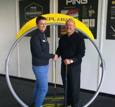 PGA Master Professional and inventor of the Explanar Luther Blacklock presents the first Explanar prize to Sophie Daws, PGA Assistant Professional at Etchinghill Golf Club