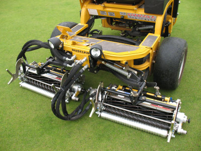 Hustler Turf Equipment: the TMSystem fitted to a Triple Greens mower