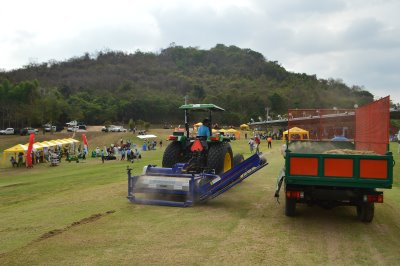A product demonstration taking place during last year's Turfgrass Management Exposition at Laem Chabang