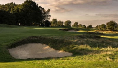 The 10th hole on the Old Course at Walton Heath (image © cbkfoto.wix.com/photography)