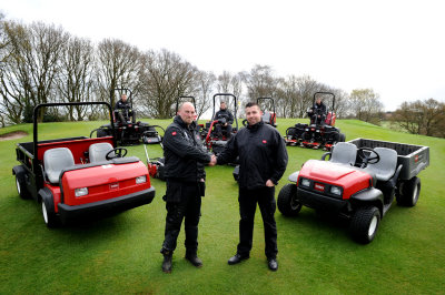 Dean Wood course manager Chris Halkerd and Cheshire Turf Machinery area sales manager Chris Halley with the new Toro fleet