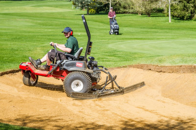 The Toro Sand Pro 2040Z getting to work on one of Burford's 80 bunkers