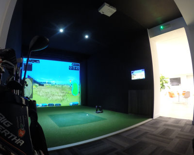 Foresight Sports simulator at Golfbreaks HQ in Windsor, Berkshire