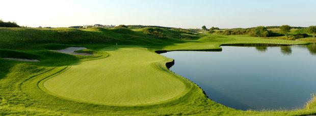 Le Golf National hole_1