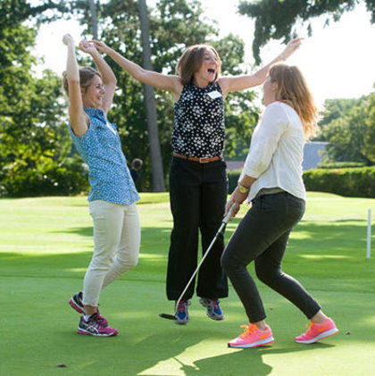 These girls golf! Conference delegates on the putting green (image © Leaderboard Photography)