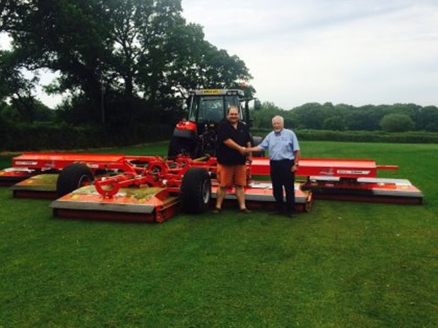 Managing Director of Edenvale Turf, Steve Light (left), takes delivery of a new Trimax X-Wam from Ian Pogson of Campey Turfcare.