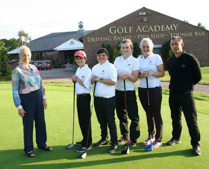(from left) Marian Adamson, Duran Gun, Lewis Reay, Gabriella Dickinson, Kitana Hollins, Head PGA Professional Kevin Jackson