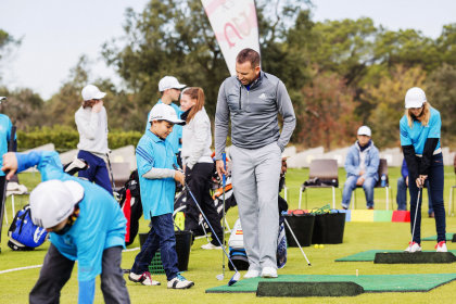 Sergio Garcia with the youngsters of his Junior Academy at PGA Catalunya Resort