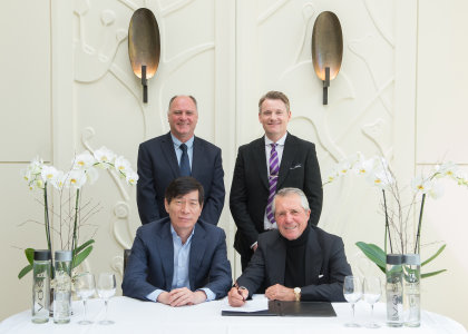 At front Mr Songhua Ni, President of Reignwood Group and Gary Player; rear Kenny MacKay and Stephen Gibson, Wentworth Club