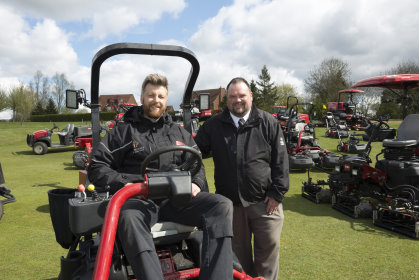 Adam Moss, The Henley's course manager, seated, with Lely's Jon Lewis