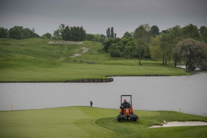 Jacobsen Eclipse 322 at work a couple of weeks ahead of the tournament