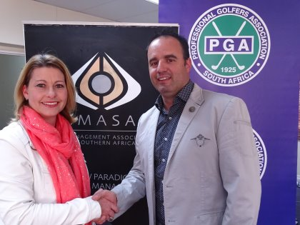 Janyne Marais (CMASA General Manager) and Ivano Ficalbi (PGA of South Africa CEO) conclude the groundbreaking agreement that will see the two organisations partner with each other to create greater value for the South African golf industry (photo PGA of South Africa)
