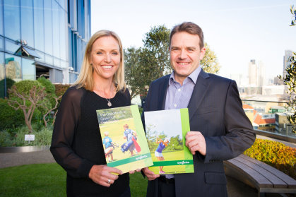 Carin Koch with Simon Elsworth; Syngenta will continue to support golf club managers as part of a renewed two-year partnership with the CMAE