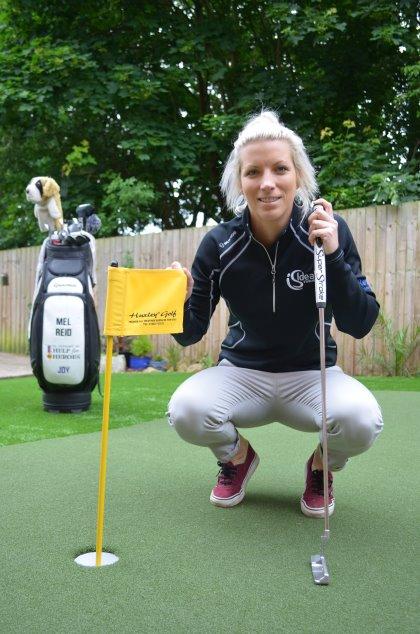 Melissa Reid chooses Huxley Golf.