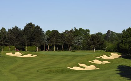 ..... and the par 3 3rd.