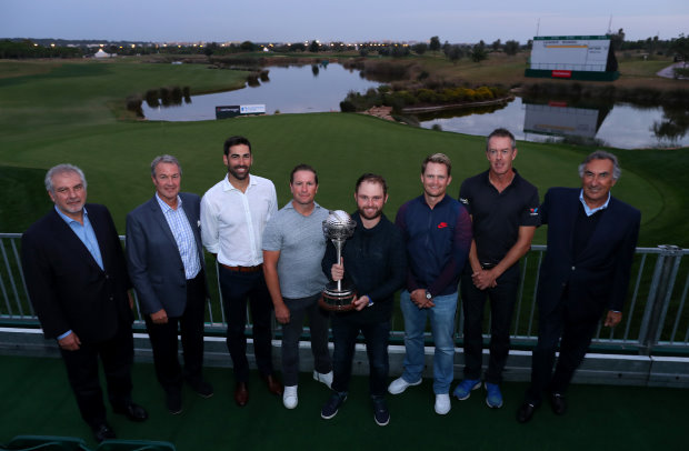 Past Champions with the trophy, in front of the 18th green, Victoria course. (from left) Luis Correia da Silva - Oceânico Golf CEO; Keith Cousins - Oceânico Golf Chairman and Shareholder; Alvaro Quiros, Steve Webster, Andy Sullivan, Tom Lewis, Richard Green: Stefano Saviotti - Oceânico Golf Shareholder
